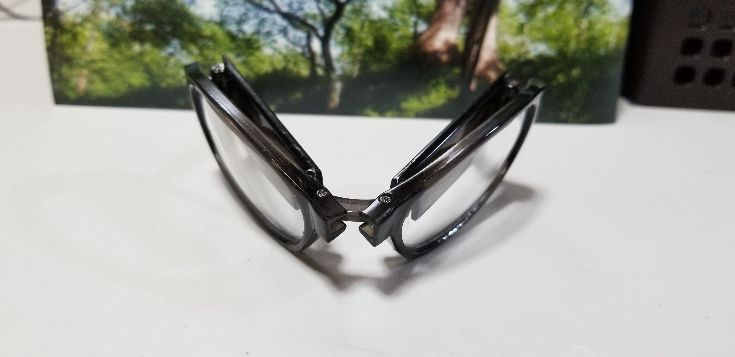 折り畳み式老眼鏡